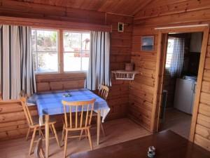 Spiseplass i hytten